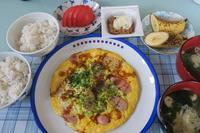 <朝食>魚肉ソーセージと卵のソース焼き <昼食>木更津★中華『華連』 <夕食>ちくわとピーマンの磯辺揚げ - さとごころ
