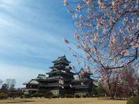 美味し水と城の町へ~私の中では日本一 - 施基彩々