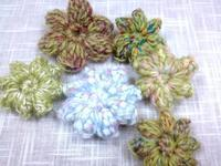 ☆もこもこ花モチーフ・パプコーン編みと玉編み☆ - ガジャのねーさんの  空をみあげて☆ Hazle cucu ☆
