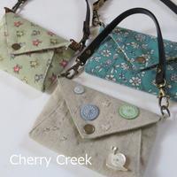 久しぶりにカードケースを作りました。 - Cherry Creek                                                 ~ちくちく手芸部!ときどきファーム~