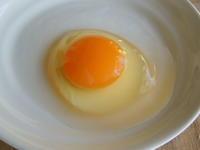 「卵黄色と安全性 ①」 - 自然卵農家の農村ブログ 「歩荷の暮らし」