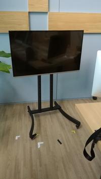 会議室にぴったり★液晶TVモニタースタンド - プロップアイズ小道具リスト