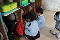 お片付け(すずらん) - 慶応幼稚園ブログ【未来の子どもたちへ ~Dream Can Do!Reality Can Do!!~】