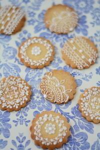 スイーツデコレーション教室 入門 4月レッスンレポート - Misako's Sweets Blog アイシングクッキー 教室 シュガークラフト教室 フランス菓子教室 お菓子 教室