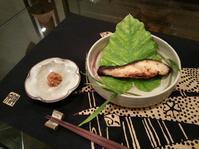 銀鱈の西京焼と葉つきの矢生姜(はじかみ)☆ - Salon de deux H