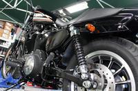 # XL883R OHLINS - Sunny-Side-Garage サニーサイドガレージ