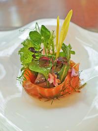 カラスノエンドウが可愛い♪春のサラダ。 - グルグルつばめ食堂