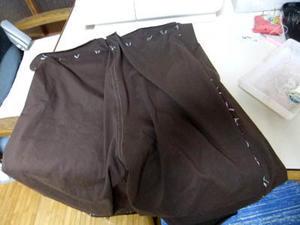 片側脇を仕付け糸で縫って 試着。 - 細々洋裁日記