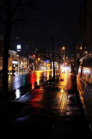 19時 札幌豊平 雨が降ってきた。 - 13ROCK(ヒサロック) 札幌 ビーチクルーザーパラダイス
