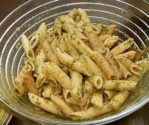 バジルのパスタソース - お惣菜大好き今夜もおいしいおつまみを作ろう