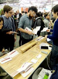 "TechDay NY:謎の「木の板」インターフェース、""mui""(無為)から垣間見る日系企業のグローバル化 - ニューヨークの遊び方"