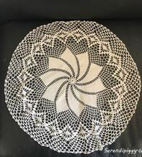 16-17 蚤の市 手編みドイリー&手編みレース付きリネン - serendipiggy