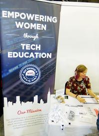 テクノロジー教育を通じて女性に力を与えます、Girl Develop It - ニューヨークの遊び方