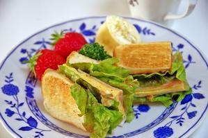朝ご飯&今の私の悩み事の一つ - 64歳専業主婦の生活♪