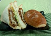 どっちの料理ショーとかが懐かしい下町のパン屋さんの塩パンとどっかんサンド!ミサキベーカリー@北千住 - はじまりはいつも蕎麦
