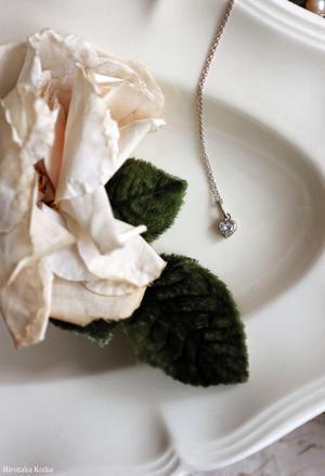 """デコルテにロマンティックな煌めきを… - Salon de Bijoux """"ルドゥテ""""のアトリエ"""