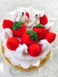 娘の 食べられないケーキ - 食べられないケーキ屋さん Sango-Papa