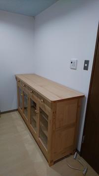 棚、ダイニングテーブル、椅子 納品 - KAKI CABINETMAKER
