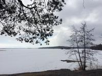湖の氷 - フィンランドでも筆無精