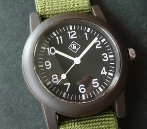 279個目。ダイソーのミリタリーウォッチを買ってみた。 - 腕時計、また買っちゃいました。
