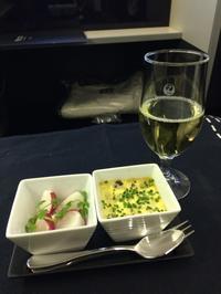 パリ経由JAL ビジネスクラスで - ロビンと一緒にお茶しましょ♪