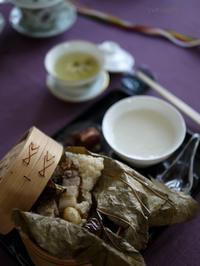 蓮の葉の粽と酒醸丸子 - お茶をどうぞ♪