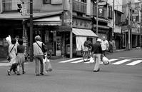 交差点(その2) - そぞろ歩きの記憶