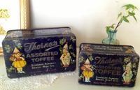 ●英国アンティークのこども柄のトフィー缶/Thorne社 - 英国古物店 PISKEY VINTAGE/ピスキーヴィンテージのあれこれ