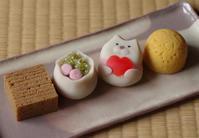 こよみ菓子「母の日」 - 和菓子屋の話 引網香月堂