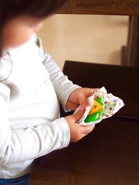 《2歳5ヶ月》娘のオシャレなおままごと - ゆりぽんフォト記