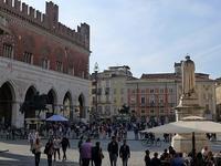 ピアツェンツァの旧市街 (Piacenza) - エミリアからの便り