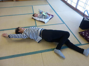 4月14日、28日骨盤ケア体操教室を開催しました - 子育てサークルたんぽぽの会
