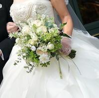 春の会場装花 リストランテASO様へ 花にこだわりの花嫁様へ - 一会 ウエディングの花