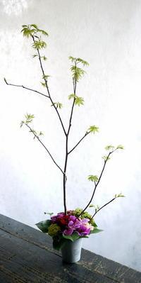 北11条の串カツ屋さんの12周年に。2017/05/06。 - 札幌 花屋 meLL flowers