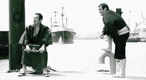 糸川燿史写真展「大阪芸人ストリート」 ?1994年から1999年『マンスリーよしもと』の扉を飾った芸人たち? - テンワットギャラリーの催し案内