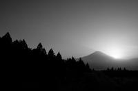 足柄峠付近から見た富士山 - 年年歳歳写真と共に