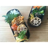 湯布院道の駅100円筍と蓮根の煮物BENTO - Feeling Cuisine.com