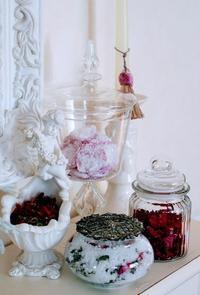 バラとハーブのモイスドポプリ&バラジャム作り - 元木はるみのバラとハーブのある暮らし・Salon de Roses