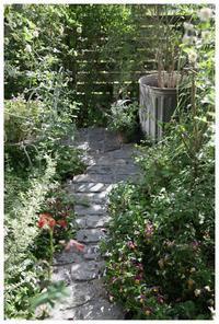庭を寛げる癒しの空間に・・ - natu     * 素敵なナチュラルガーデンから~*     福岡でガーデンデザイン、庭造り、外構工事をしてます