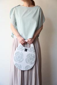 mina perhonen ミナ ペルホネン  印象的なトップスとバッグを - TIMESMARKETのスタッフ日記