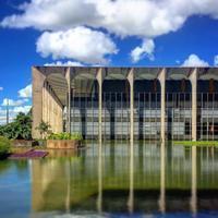 外務省(Palácio Itamaraty)オスカー・ニーマイヤー - iPhoneで撮る建築写真 デジカメで撮る建築写真 建築巡礼 建築写真 風景写真 iPhone写真、