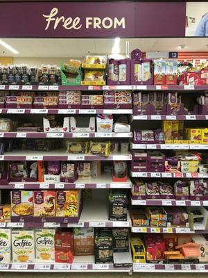 プライベートブランド考6 イギリスのスーパーマーケットを見て。小売店の社会的責任とは何か - これ、誰がデザインしたの?