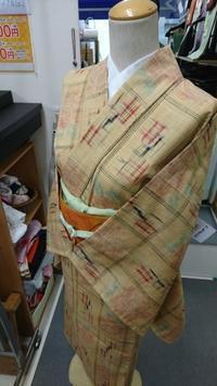 トルソーさん着物チェンジ!~単衣紬 - たんす屋新小岩店ブログ