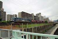 藤田八束の鉄道写真@貨物列車の写真・・・兵庫県西宮市JR西宮付近の陸橋から写真撮影 - 藤田八束の日記