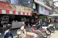 チャンクラン通りのカオマンガイの店・・・★★☆☆☆ - s o r a m a c h i