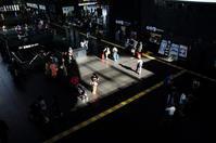 JR京都駅の異次元から3次元空間へ - 写真の散歩道