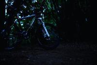デキゴコロで日没直後のトレイルをちょぴり - 空のむこうに ~自転車徒然 ほんのりと~