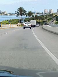 フロリダのビーチでのんびりランチ - E*N*JOY