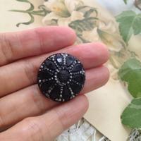 ●アンティークボタン いろいろ -イギリス買い付け編- - 英国古物店 PISKEY VINTAGE/ピスキーヴィンテージのあれこれ