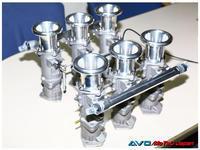 TWM製ポルシェ964用6連スロットル キット - AVO/MoTeC Japanのブログ(News)